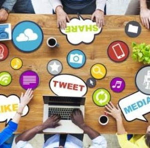 how do social media companies make money_square