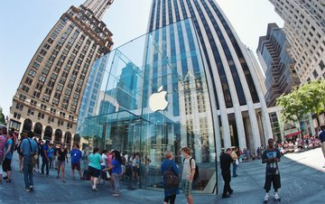 Why the Apple Stock Price Will Go Higher Despite the Noise (AAPL)