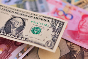 How the devaluing Chinese Yuan Will Spark a U.S. Economic Collapse