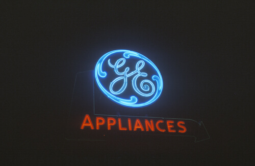 Why General Electric (NYSE: GE) Stock Hit a 7-Year High Today