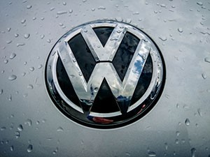 VW Stock: Don't Go Bottom Fishing Yet