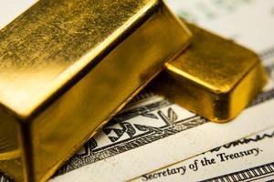 The 3 Biggest Reasons Gold Stocks Are a Buy in 2016