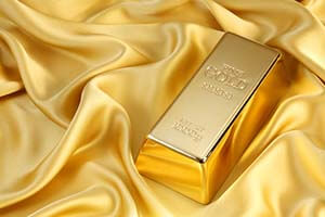 Gold Prices Drop This Week, Here's Where They're Headed Now