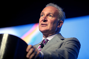 Peter Schiff: Trump's Economic Plan Will Result in Massive Financial Crisis