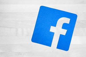 Facebook stock price falling today