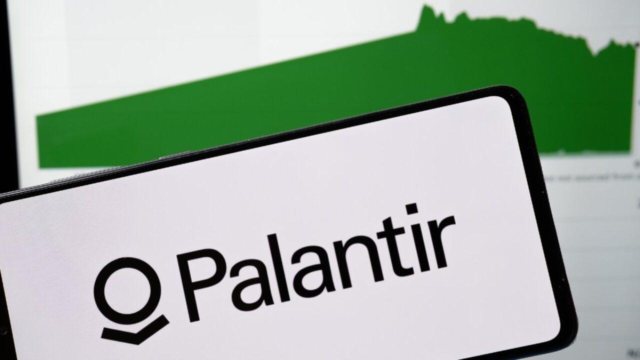 Palantir Stock Forecast 20 $20 Billion Growth in Revenue